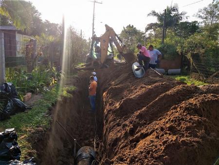 Iniciam obras na estrada da Figueira em Dom Pedro de Alcântara